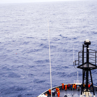 【2019.2.25】58次隊設置の海底圧力計を回収!